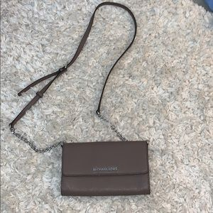 NEVER USED. Micheal kors cross body